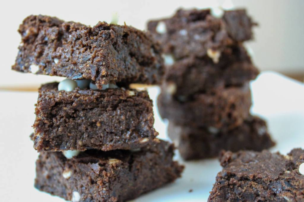black bean brownies with chocolate chips